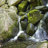 Waterfall-cascade-flow