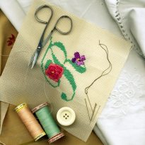 embroidery needles time cushion